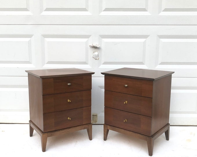 Pair Three Drawer Nightstands by United Furniture