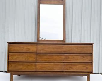 Mid-Century Nine Drawer Dresser With Mirror