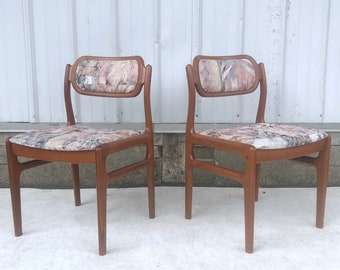 Scandinavian Modern Teak Dining Chairs- Set of Four