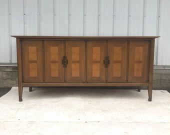 Vintage Modern Six Drawer Dresser by White