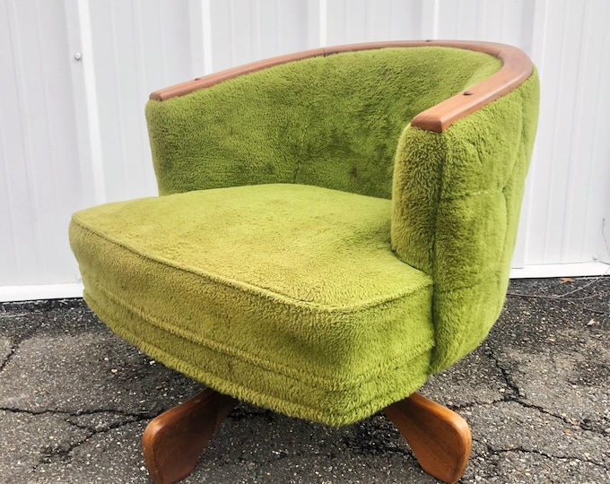 Featured listing image: Mid-Century Swivel Lounge Chair by Adrian Pearsall