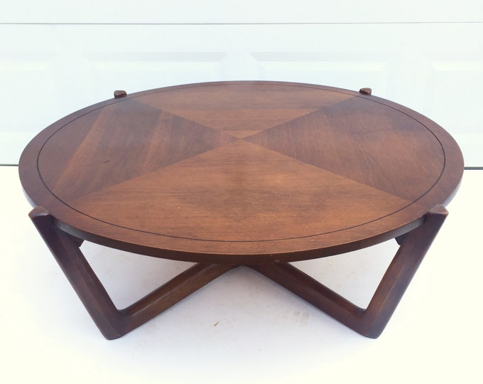 Mid-Century Circular Coffee Table by Lane Furniture