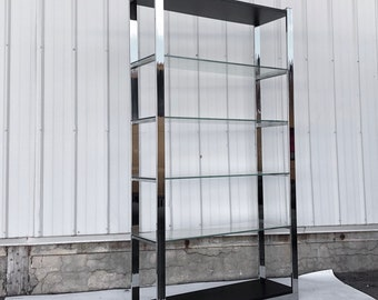 Impressive Mid-Century Display Shelf or Etagere