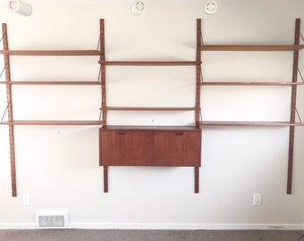 Mid-Century Modern Wall Unit for Raymor