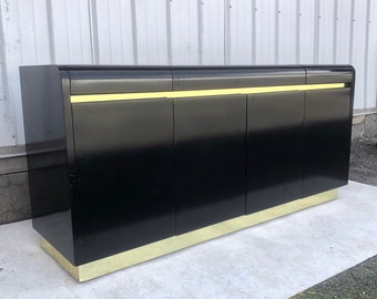 Vintage Modern Black Lacquer Credenza from Lane