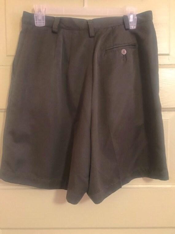 Beautiful Classic Tailored Shorts - Khaki Pleated… - image 2