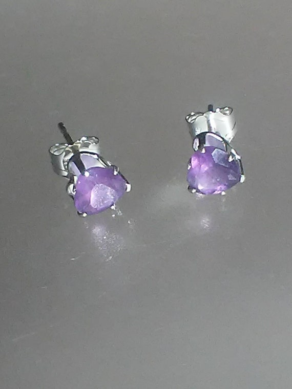 Purple amethyst heart cut silver stud earrings