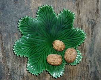 French Vallauris green leaf plate