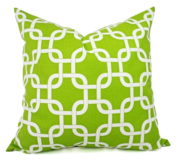 Incredible Two Decorative Throw Pillow Covers Green And White Chainlink Print Green Couch Pillow Green Pillow Sham Green Pillow Case Ibusinesslaw Wood Chair Design Ideas Ibusinesslaworg