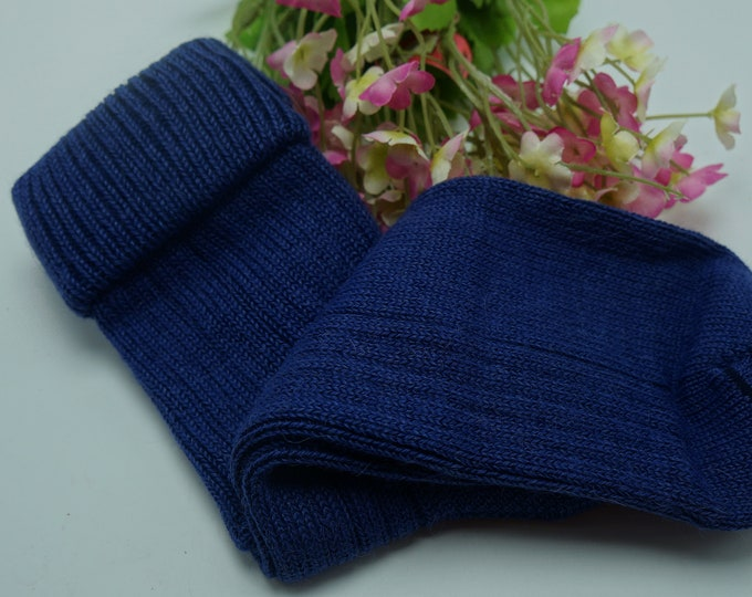 Alpaca socks infused with Aloe - Womens - ribbed stitched - warm dry insulation - fine lustrous alpaca Large - Purple Blue