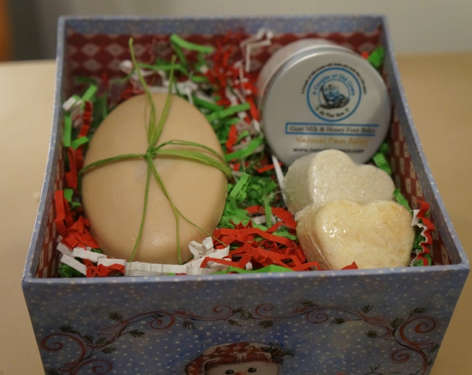 Happy Feet Gift Box -gift  box filled with Goat Milk Products that will make you AND your feet Happy! Pumice Soap foot soak fizzy