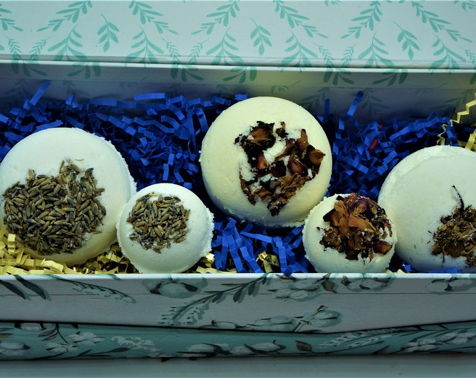 Wild flower Goat Milk & Epsom Salt Bath Fizzy Collection- 6 oz Round - bath fun -soft skin - smells great Box Gift Set Bath Lover Relax Lush
