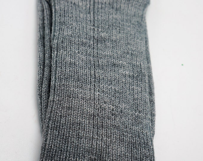 Alpaca socks infused with Aloe - Men - Large -ribbed stitched - warm dry insulation - fine lustrous alpaca Light Gray - Size Large