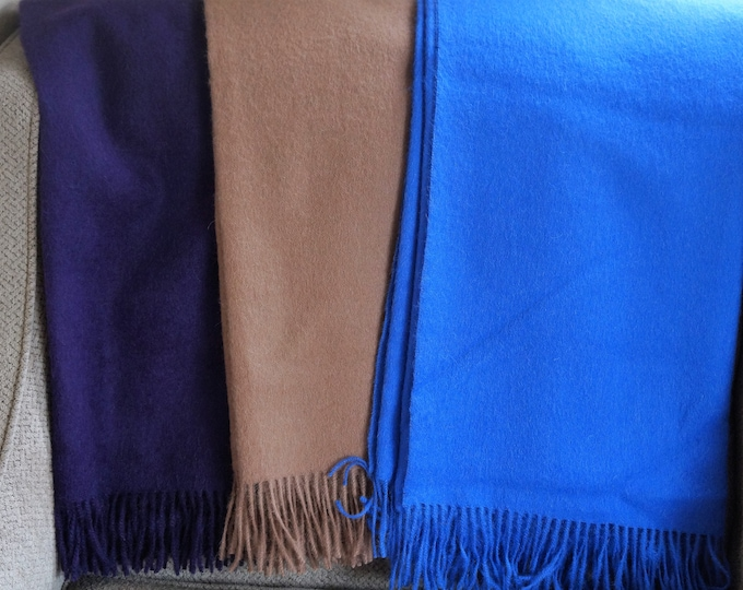 100% Superfine Alpaca throw.  Soft, light weight and warm.  Alpaca is the fiber of the Gods - lighter, warmer & softer than wool