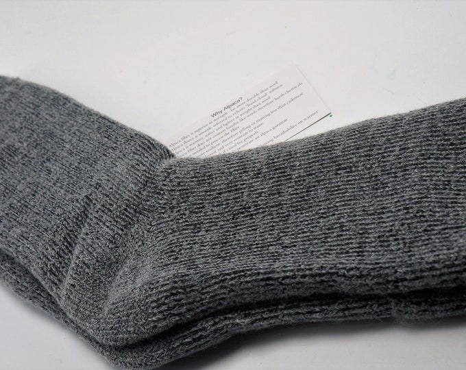 Darn Warm Termal Ultra Thick High Performance Alpaca socks - Men or Women -Extra Large -Super Warm and Soft - Gray Black Marbled