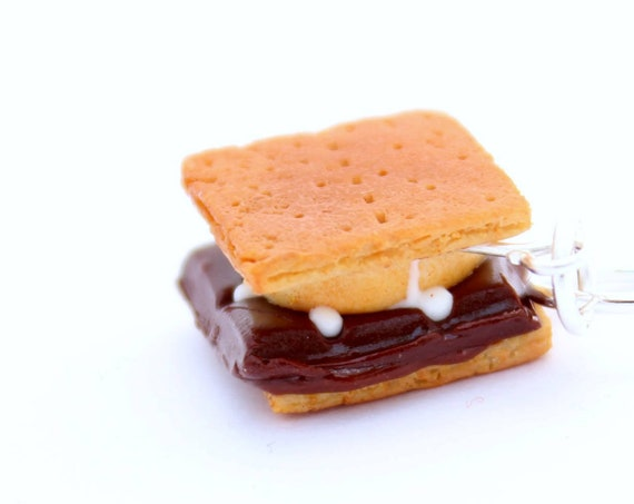 PRE-ORDER S'mores Charm - Polymer Clay Charm - Stitch Marker - Progress Keeper  - Planner Charm - Food Jewelry