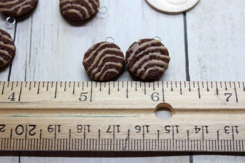 Ready to ship Stitch Marker Bracelet Charm Progress Keeper Fudge Round Snack Cake Charm