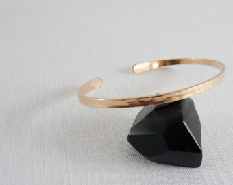 HAMMERED OVAL BRACELET - Hammered Gold Cuff Bracelet - 14k Gold Filled