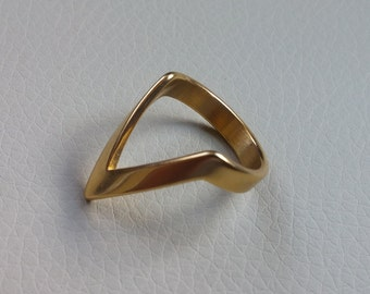 Knuckle ring Simple Midi Finger Triangle Ring Chevron Ring Minimalist Ring modern gold tone plated size # 6, On Sale 25%