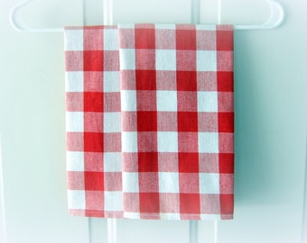 Red Buffalo Check Tea Towels / French Country Kitchen / Red White Check / Cabin Decor / Rustic Decor / Red White Kitchen / Tartan Tea Towels