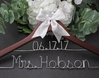 Personalized Hangers for Wedding - Wedding Hangers Name - Personalized Wedding Dress Hanger - Bride Hanger with Date - Bridal Hanger