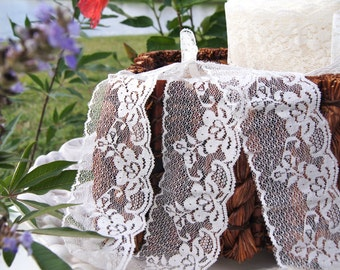 """Vintage Floral Ivory Scalloped Lace Trim 2-1/2"""" wide Ivory Lace Trim by the Yard Vintage Lace Trims Wholesale #29"""