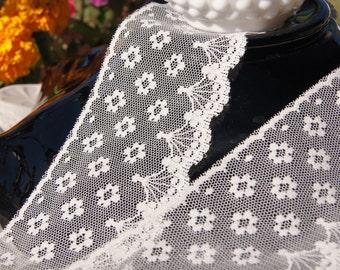 "3"" Vintage Floral Scalloped Lace Trim - Natural Trim by the Yard - Vintage Sewing Lace Trims Wholesale #124"
