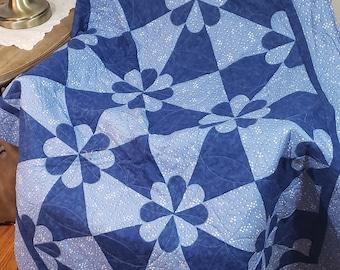 Dutch Windmill Lap Quilt Pattern