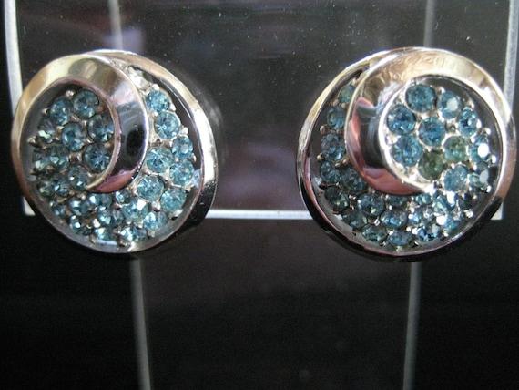 Vintage Crown Trifari Aquamarine Rhinestone Earri… - image 2
