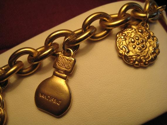 Vintage Gloria Vanderbilt Charm Bracelet