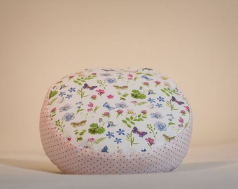 Spring Magic, pink child seat and play pillows