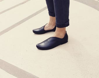 Sale, Black Leather Shoes, Slide woman shoes, Holiday Shoes, Every Day Woman Shoes, Shoes women, Smart Casual, Interesting , Shoes Size 10.5
