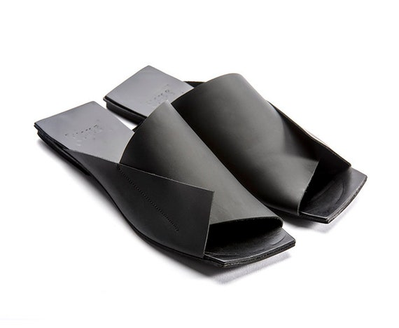 Shoes Leather Shoes Una Una New Black Leather sandals Interesting Mules Flat Shoes Israeli Designer Israeli Woman Minimalist Shoes 47Pnx7XS