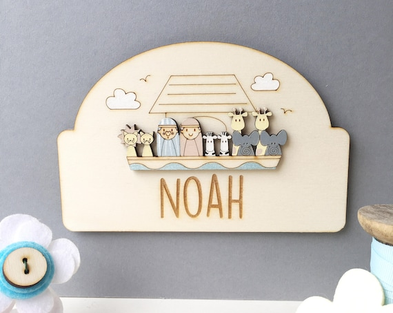 Noah's ark door sign - Personalised child's door plaque - Name plaque - Noah's ark