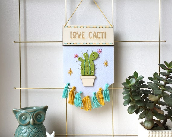 Love Cacti felt banner kit - embroidery kit - stitch kit - cactus