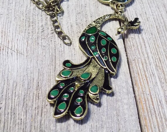 vintage style green peacock bird 18 inch necklace in antique bronze tone
