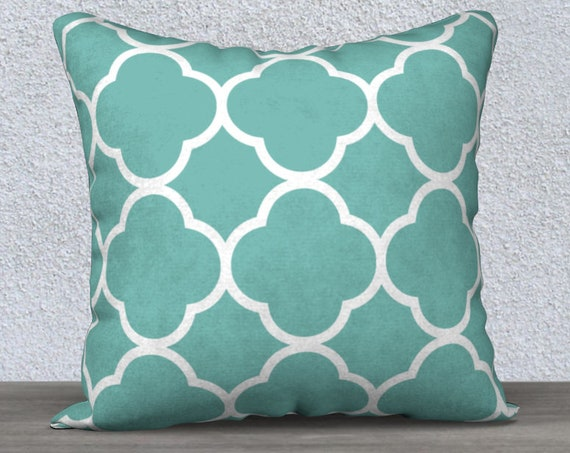 quatrefoil pattern teal pillow case in 18x18 inches