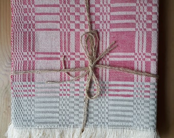 NEW! Set of 4 hand woven pink & grey linen placemats