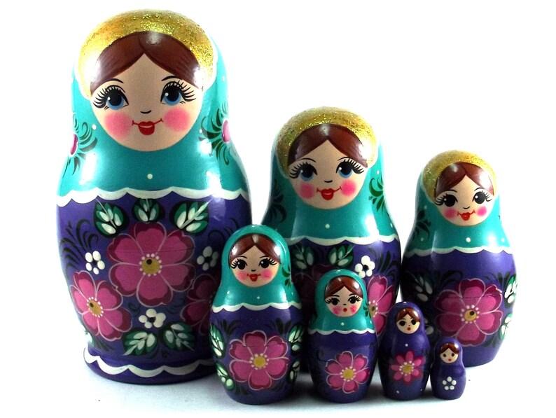 Nesting Dolls 7 pcs Russian Matryoshka babushka. Stacking image 0