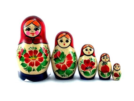 5//6pcs Wooden Russian Nesting Doll Girl Matryoshka Babushka Stacking Doll Decor