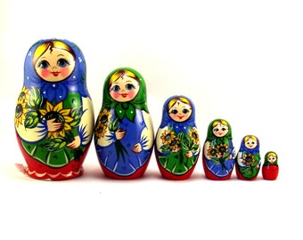 Nesting Dolls Russian matryoshka babushka. Stacking stackable wooden toy for kids made in Russia 6 pcs. Christmas Birthday gift for daughter