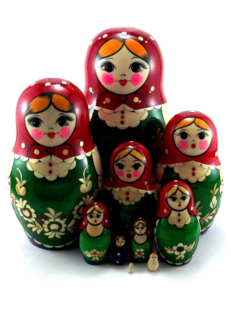 Nesting Dolls 10 pcs Russian matryoshka babushka. Stacking image 0