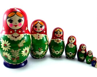 Matryoshka 8 pcs Russian Nesting Dolls Babushka. Stacking wooden toy for kids made in Russia. Christmas or Birthday gift for mom daughter