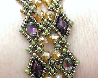 The Royal Collection - Duchess Sarah Bracelet Tutorial Only