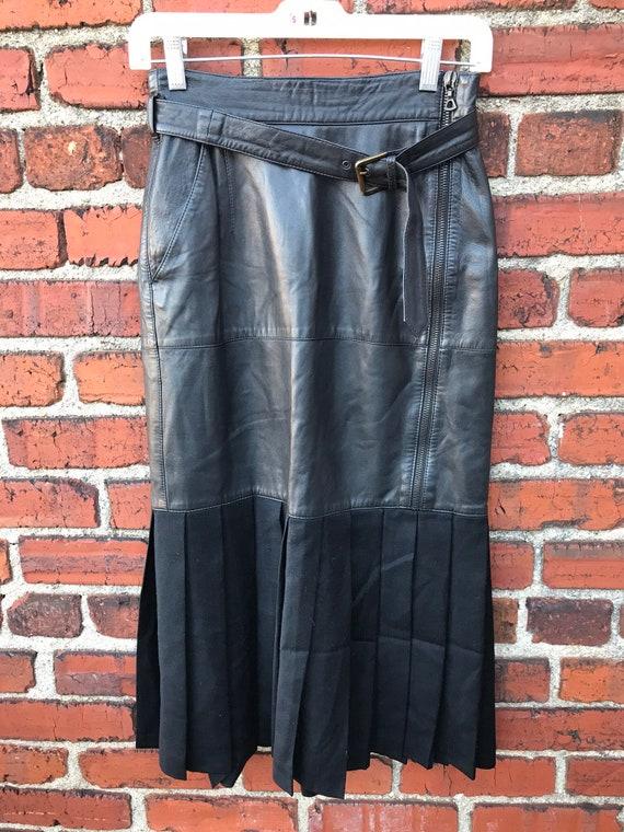 LA MATTA Vintage Italian genuine Leather Skirt wit