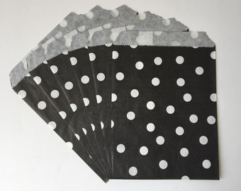 """Black & White Polka Dot Flat Paper Bags   Birthday Party Baking Party Sweets Shop Favor Treat Bags   Set of 10   5.25""""x7"""""""
