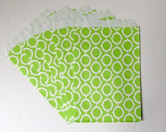 """White with Green Mod Circle Print Flat Paper Bags   Birthday Party Favor Treat Bags, St. Patricks's Day   Set of 12   5""""x 7.5"""""""