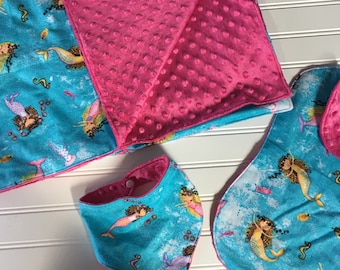 Baby Girl Gift Set / Blanket / Bib / Burp Cloth / Mermaid Print