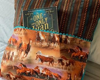 Horse Lovers Pillow, Reading Pillow, Reading Pillow Cover, Pillow Cover, Slipcover, Reading Pillow, Book Pillow, Children's Pillow