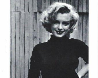 Marilyn Monroe Black and White 4x6 Postcard